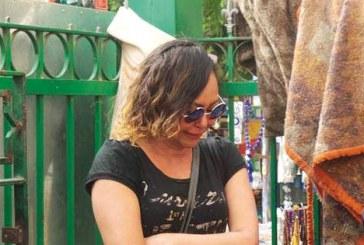 صورة نهى العمروسي تنهار في جنازة وائل نور