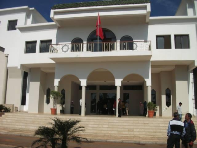 محكمة جرائم الأموال بالبيضاء تنظر اليوم في ملف رئيس بلدية بوزنيقة