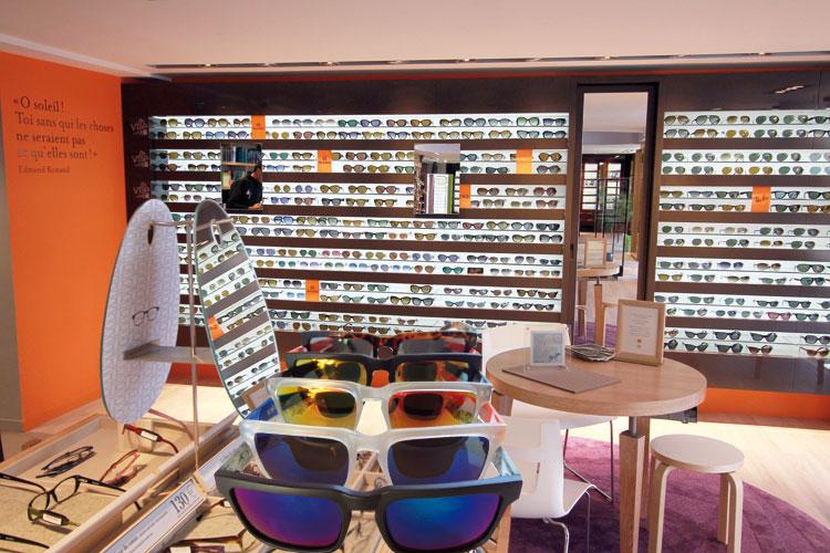 هكذا تتسبب نظارات بصرية تغزو الأسواق المغربية في العمى