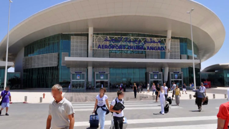 سلطات مطار وجدة توقف إيطاليا يحمل مشروعا إرهابيا خطيرا يستهدف منشآت حساسة بالمملكة