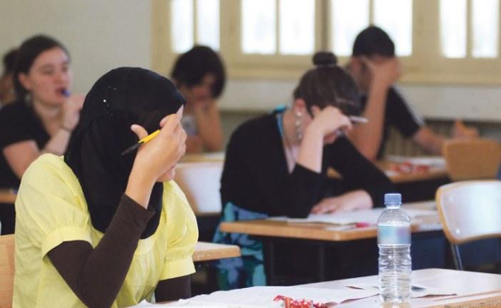 أساليب جديدة للغش يتداولها تلاميذ الباكالوريا