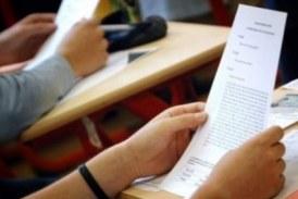 فيديو يوثق فضيحة إعطاء مدير إعدادية إجابات الامتحان للتلاميذ بالقنيطرة