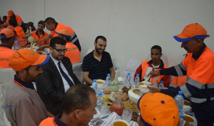 اتهامات لرؤساء مقاطعات بطنجة بإهانة عمال النظافة