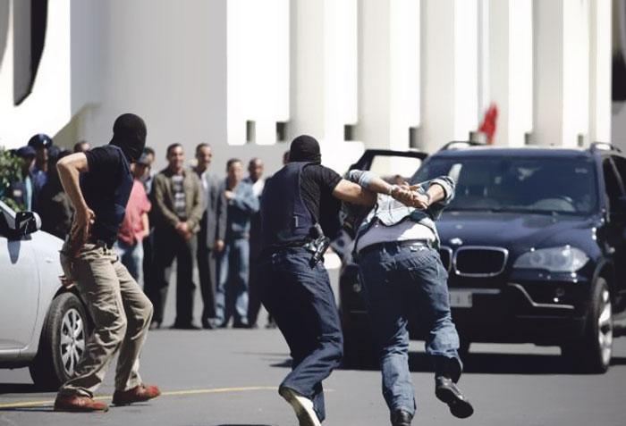 مسلحون ينفذون اعتداء خطيرا على رجال أمن بالغرب من أجل تحرير تجار مخدرات