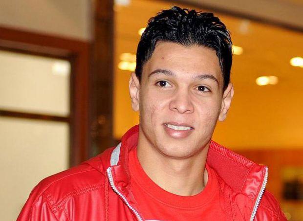 اتحاد طنجة يسعى إلى التعاقد مع هداف الدوري الجزائري