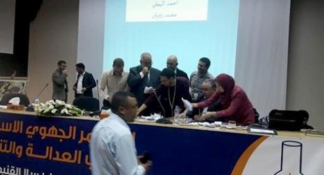 """طعون واتهامات بكولسة انتخاب لجنة الترشيح لـ""""البيجيدي"""" بالقنيطرة"""