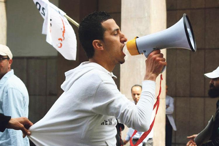 المعتقل أسامة حسن يوجه من سجنه اتهامات خطيرة إلى عبد الحميد أمين والهايج ومحجوبة أمين