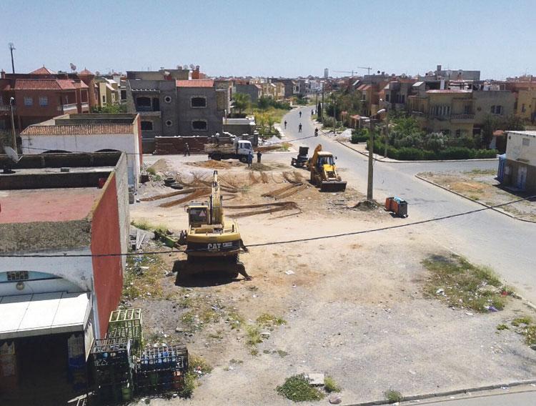 سكان حي الفلين ببنسليمان يشتكون محلا لبيع مواد البناء