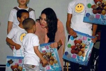 ابتسام تسكت تشارك أطفال جمعية العهد الجديد فرحتهم بمناسبة حملة «بسمة طفل»