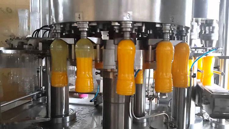 ابتدائية طنجة تستدعي مسير شركة لإنتاج عصير للأطفال بسبب اختلالات