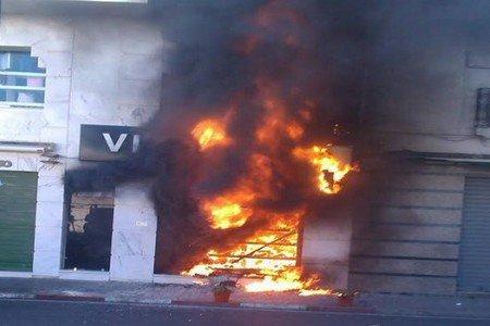 فتح تحقيق في أسباب حريق مهول شب بأحد المحلات التجارية بتطوان