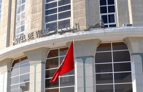 مجلس طنجة يسخر آليات الجماعة لجمعية رجال الأعمال بغرض انتخابي