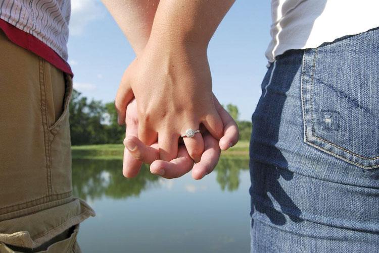 الزواج العرفي أو «الجنس الحلال» بعد فضيحة كوبل النجار وبنحماد