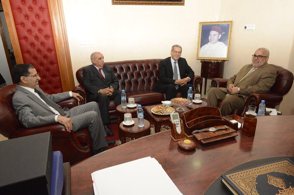 بنكيران يبدأ مفاوضات تشكيل حكومته الثانية مع امحند العنصر