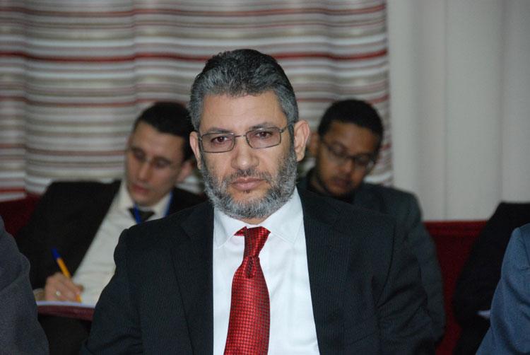 رئيس المجلس البلدي للدشيرة الجهادية يمنع مناظرة سياسية بعد الترخيص لها