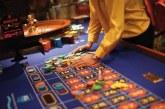 الحكومة تتوقع جني ألف مليار من مداخيل الخمور والتبغ وألعاب القمار