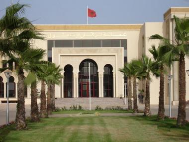الخلاف بين عامل إنزكان ورئيس الدشيرة ينتقل إلى قلب ولاية أكادير