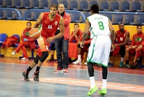 منتخب كرة السلة يتصدر ترتيب البطولة العربية بمصر