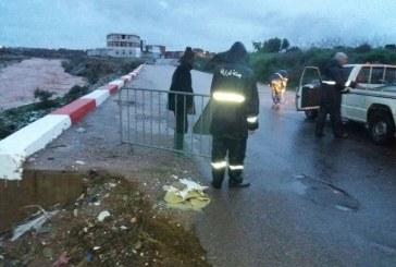الأمطار تعزل قرى مجاورة لأكادير وتحول المدينة إلى برك عائمة
