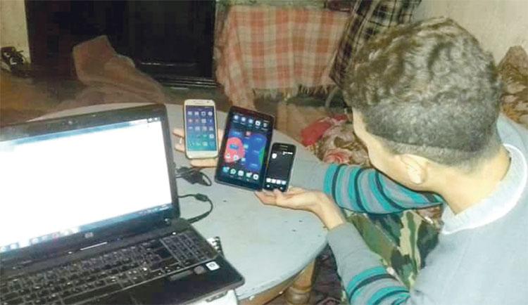 برشيد.. «الفيسبوك» يطيح بعصابة سرقت هاتفا محمولا من موظف بوزارة العدل بحد السوالم