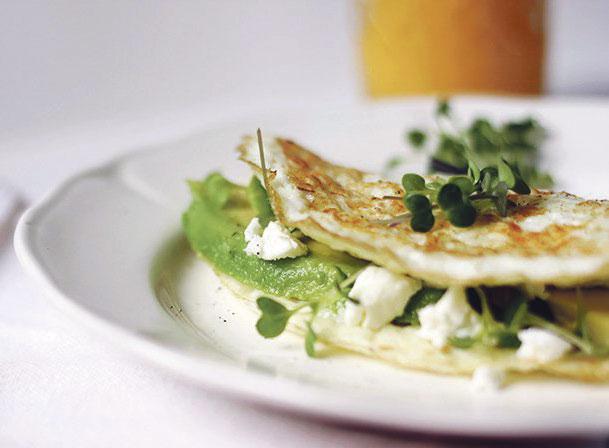 أومليت بالجبن الأبيض