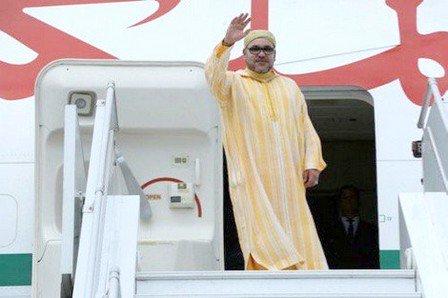 عودة الملك محمد السادس الى أرض الوطن بعد الجولة الإفريقية