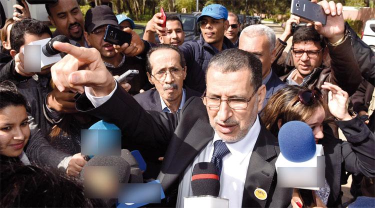 """انقسام داخل برلمان """"البيجيدي"""" حول شروط تشكيل الحكومة والرميد يقود """"الخيار الثالث"""""""