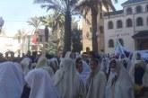 نساء وجدة يخرجن في مسيرة بالخمار