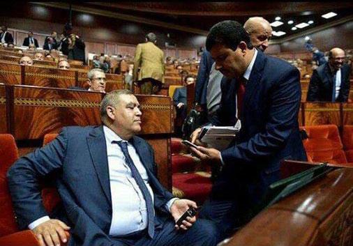سخرية عارمة من حامي الدين وهو يستجدي لفتيت في البرلمان لمنحه رقم هاتفه بعدما اتهمه بالتحكم