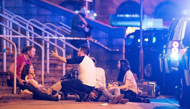 قتلا وجرحى في انفجار بمدينة مانشستر ببريطانيا