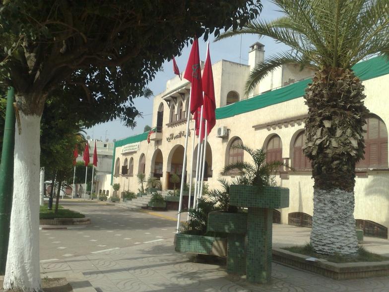 مطالب بالتحقيق في ملفات الرئيس السابق للمجلس البلدي للقصر الكبير عن «البيجيدي»