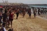 20 ألف مصطاف ارتادوا شاطئ آسفي في غياب المرافق الصحية وانتشار البعوض