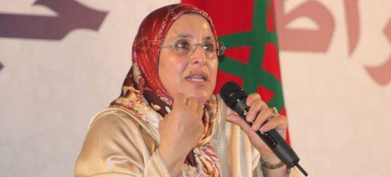 انتقادات قوية للحقاوي بسبب صمت وزارتها عن واقعة محاولة اغتصاب فتاة داخل «طوبيس»