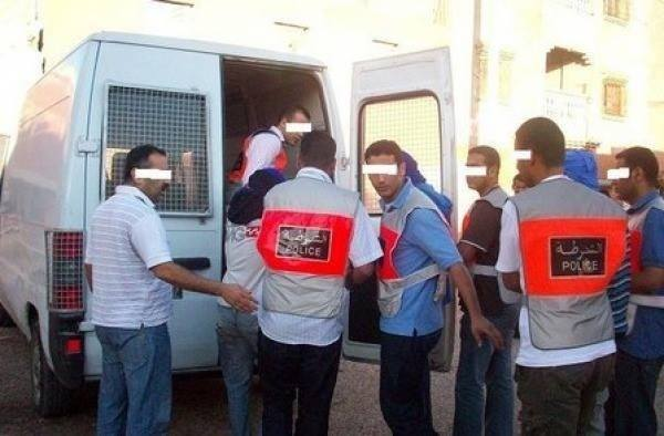 الأمن ينهي نشاط عصابة إجرامية تتزعمها فتاة روعت المارة بأكادير بواسطة الأسلحة البيضاء