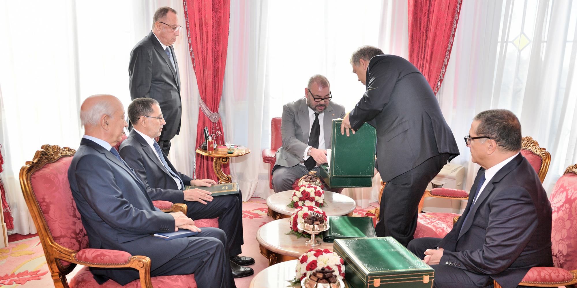عاجل…الملك محمد السادس يعفي عدد من المسؤولين الوزاريين