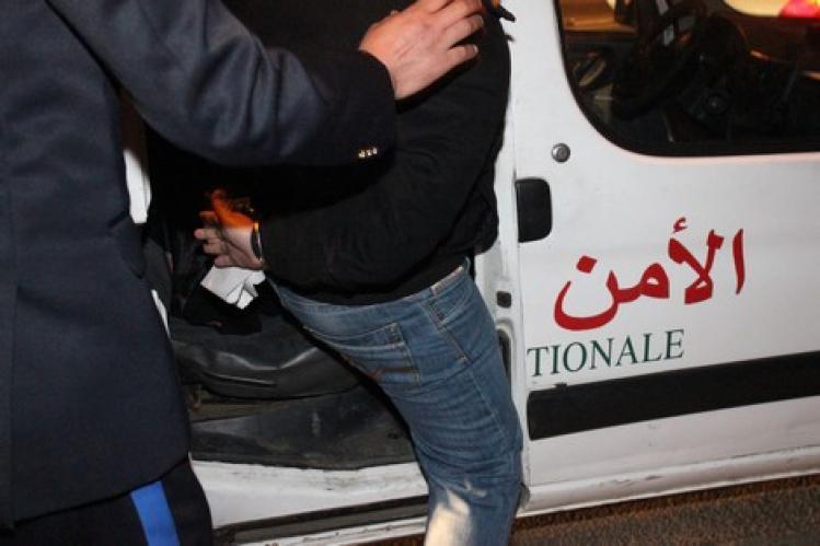 اعتقال عسكري ووسيط بتهمة النصب على الراغبين في ولوج سلك الجندية