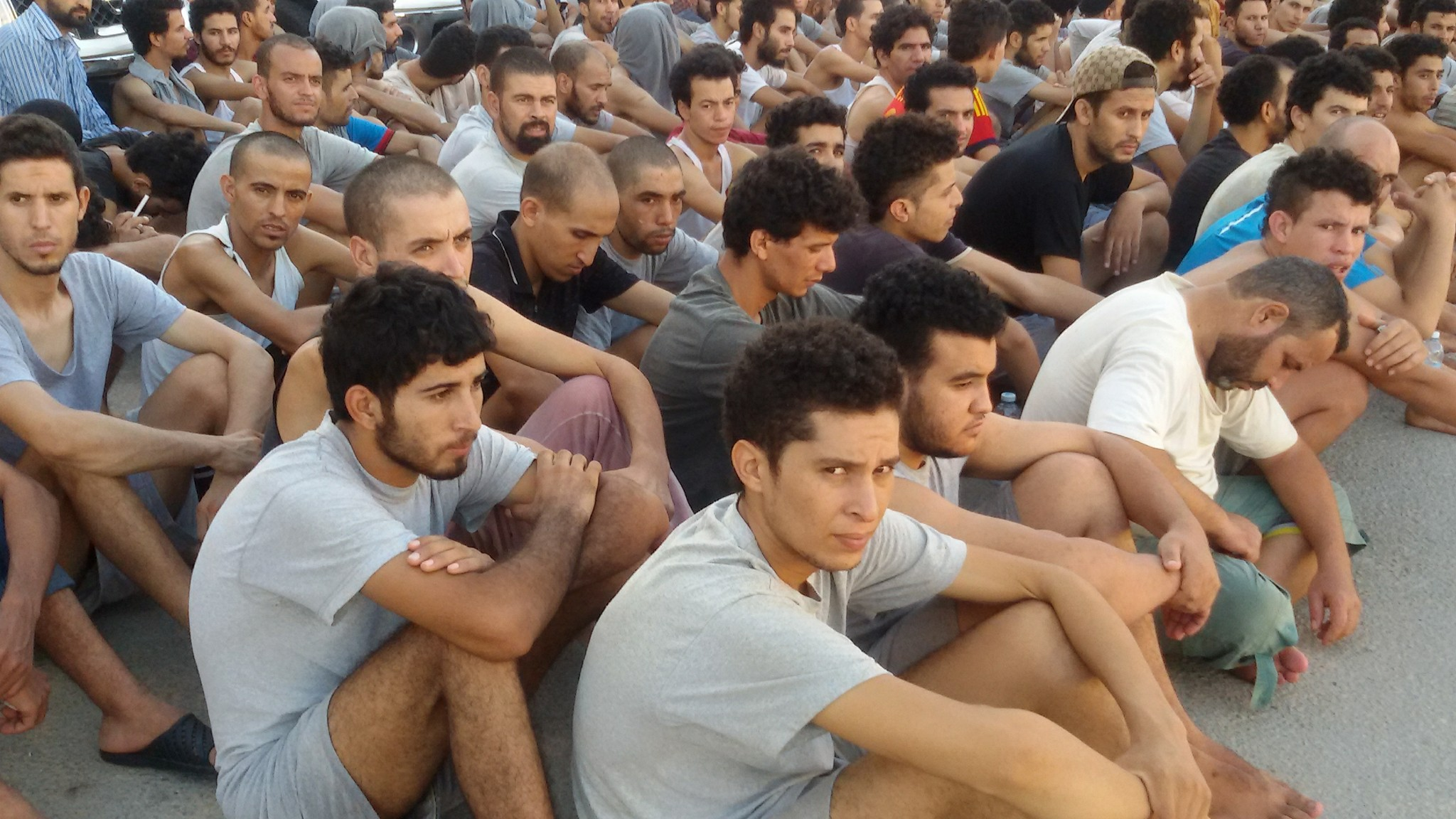 وزارة الهجرة تقرر ترحيل المغاربة العالقين في ليبيا