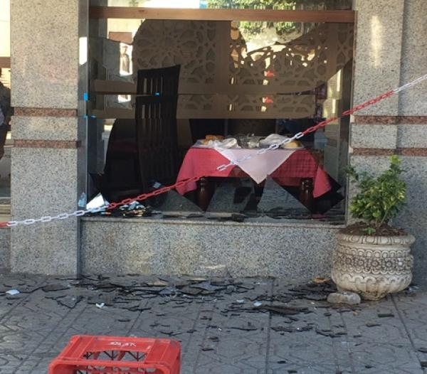 التفاصيل الكاملة لمحاولة بائع متجول تفجير مطعم يتردد عليه السياح بالعرائش باستعمال الغاز ومسدس بلاستيكي