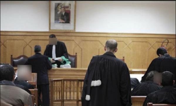 ابتدائية برشيد تؤجل محاكمة 14 متهما في هجوم مسلح على وقفة احتجاجية بأولاد عبو