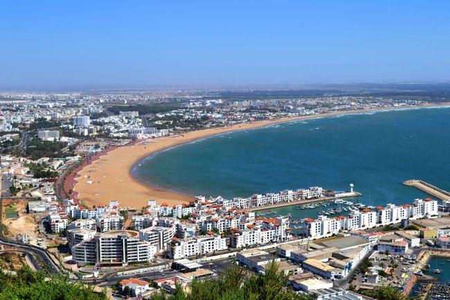 صورة تراجع قطاع السياحة بأكادير يهدد فنادق بالإغلاق والمهنيون يراهنون على السياحة الداخلية لإنقاذ الوضع