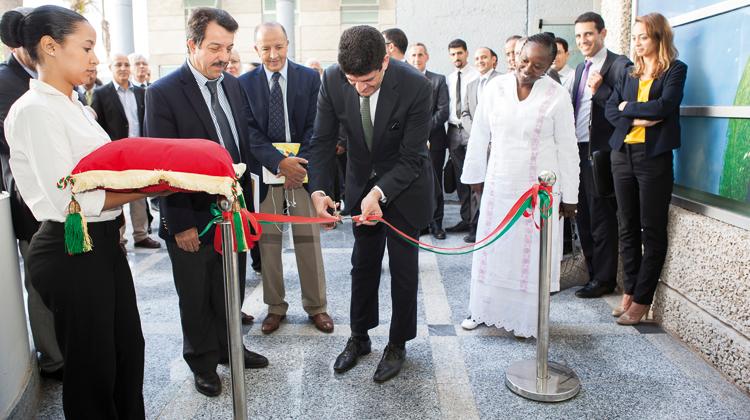 صورة افتتاح مقر التكتل الصناعي الشمسي بالبيضاء لدعم المشاريع المبتكرة والنموذجية في مجال الطاقات المتجددة