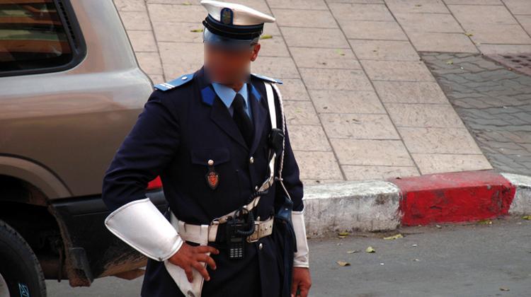 إيقاف شرطيين تسلما رشوة من مهاجر للتغاضي عن مخالفة سير بمراكش