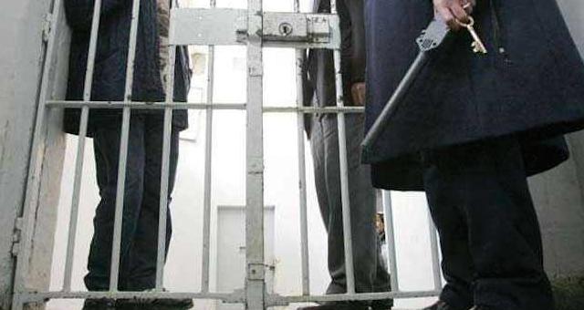 صورة إيداع الشبان المتهمين بالإفطار جهرا في رمضان سجن بولمهارز بمراكش