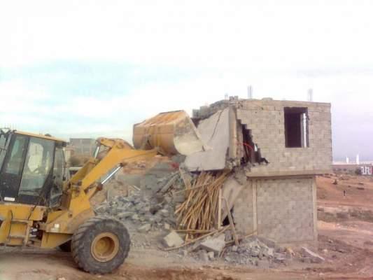 إصابة امرأة بجروح خطيرة بعد انهيار جدار خلال هدم بناء عشوائي بإقليم برشيد