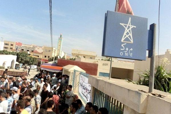 المكتب الوطني للماء بالخميسات يرغم المصلين على التيمم لأداء صلاة الجمعة
