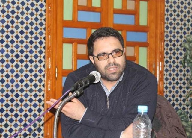 """قيادي من الـ""""pjd""""  يتهم الهاشمي بـ""""الانحطاط الإعلامي"""" بسبب تغطية وكالته لانتخابات الغرف المهنية"""