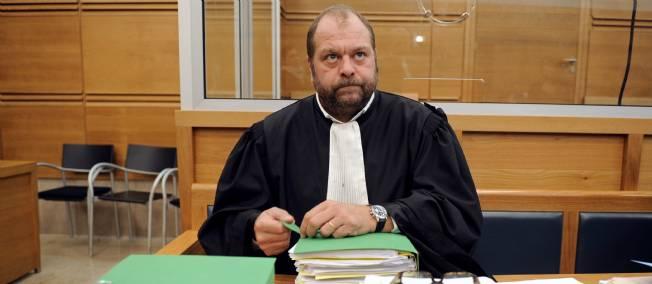 محامي الملك : تصريحات لوران وغراسيي تتناقض مع التسجيلات التي وضعت رهن إشارة المحققين