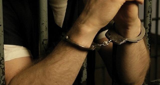 """ستة أشهر حبسا لشخص بفاس هدد فتاة بنشر صورها عارية على """"الفايسبوك"""""""