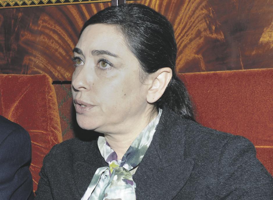 تزكية موقعة باسم ياسمينة بادو لرئيس بلدية حد السوالم المعزول تربك الأحزاب السياسية