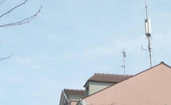 لاقطات هوائية تهدد سلامة المواطنين بالأماكن العمومية بطنجة